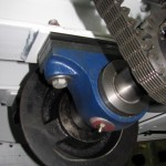 Axle bearing and drive